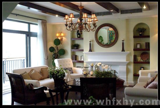 复式a4(北)极具欧式风格的客厅